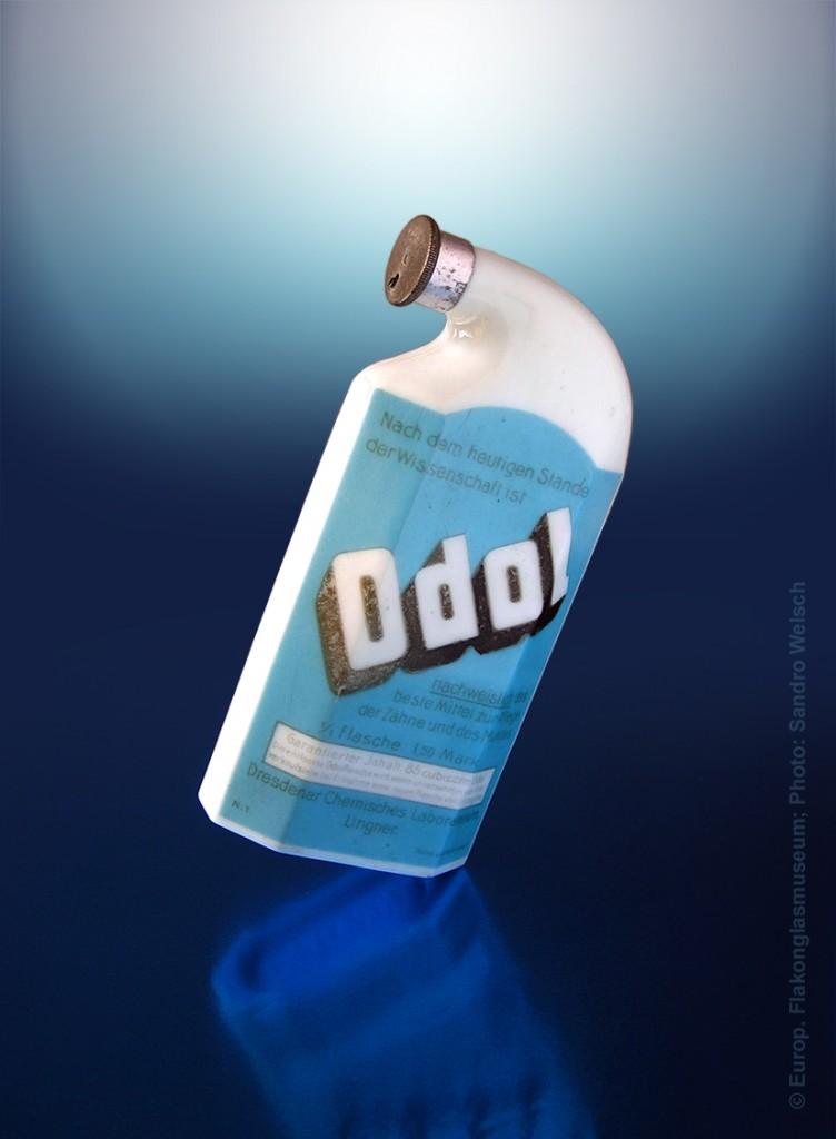 """Mundwasser-Flakon """"Odol""""® als Factise; Dresdner Chemisches Laboratorium Lingner®, Dresden/ Deutschland, ca. 1900-1912"""